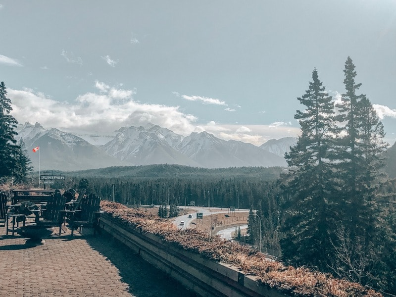 Views of mountains in Banff itinerary