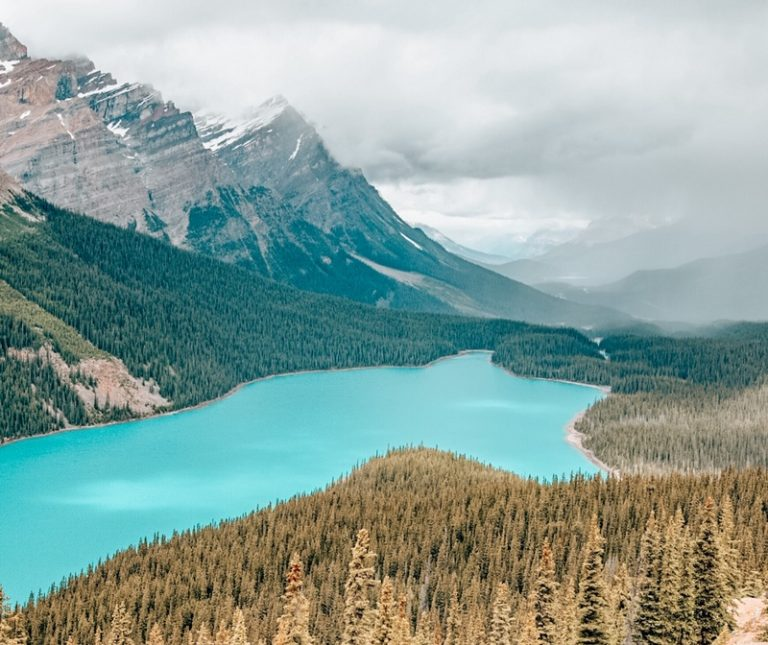 15 Most Beautiful Lakes in Canada you MUST visit!