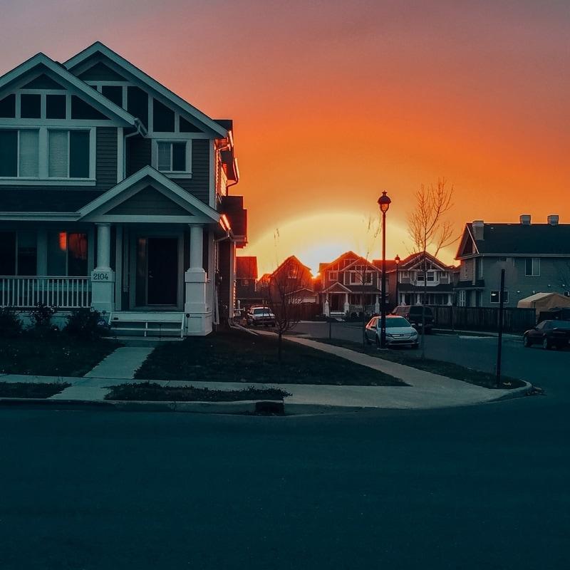 Edmonton-neighbourhood-sunsets