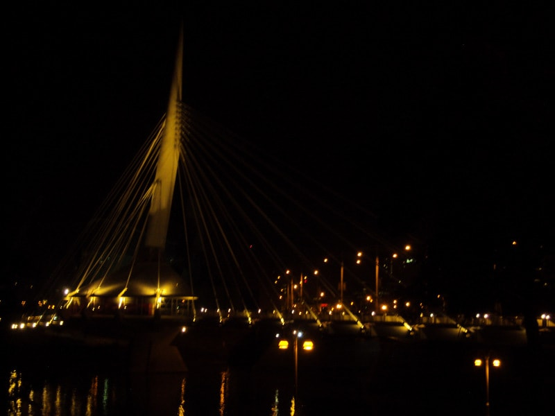 Esplande Riel at night