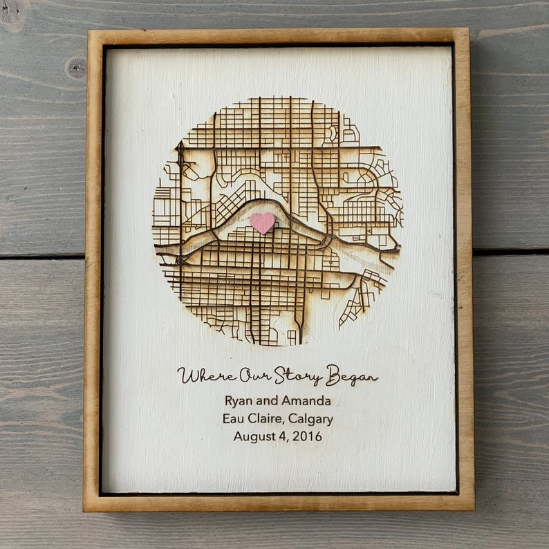 Personalized wooden map - best gift ideas for someone moving to another country