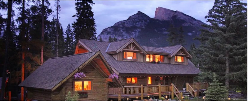 Log Cabin for two in Best airbnbs in Banff