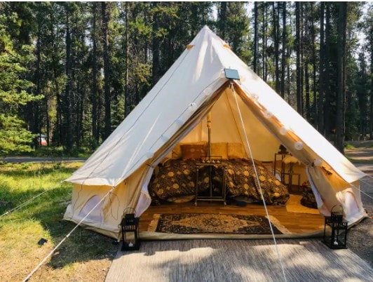 Luxury tent: Best airbnbs in Banff National Park