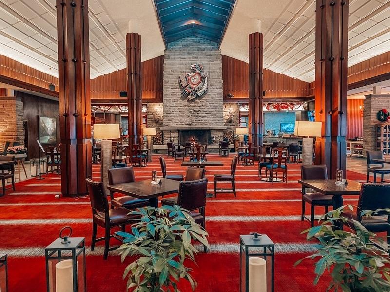 Emerald Lounge Jasper