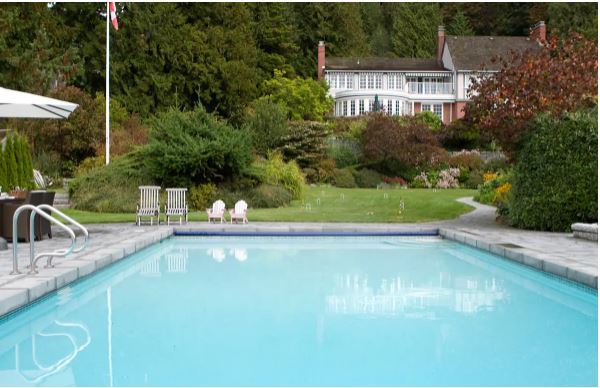 Luxury beachfront mansion Vancouver vacation rentals