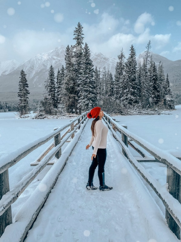 12 Things to do in Jasper in Winter: Activities & Tips