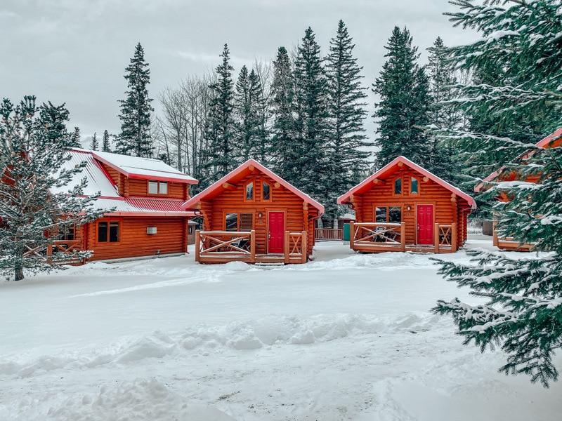 Pocahontas Cabins in Jasper East