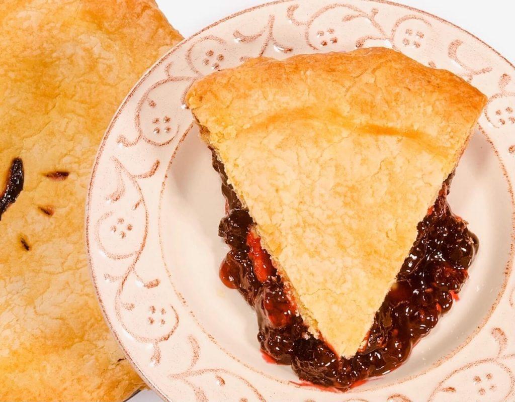 What to eat in Saskatchewan - Berry Pie