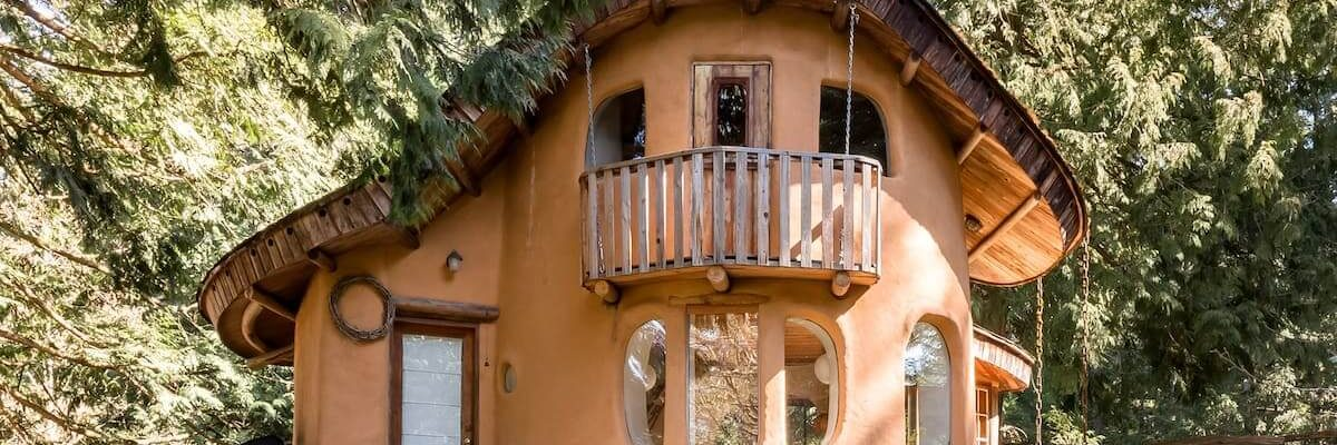 Cob Cottage one of the best airbnbs in British Columbia