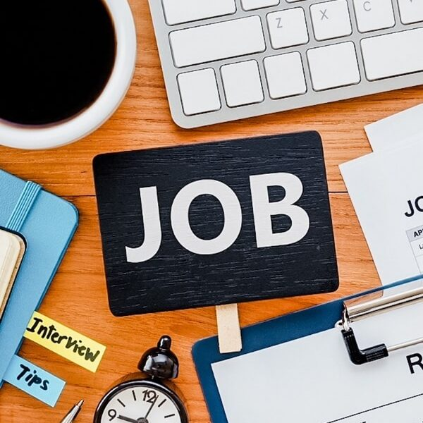 Finding a job in Canada Click to read this guide to how to find a job in Canada for newcomers. Tips and strategies for finding a job in Canada for immigrants. Canada jobs guide.
